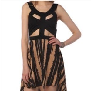 UO Reverse | Tiger Cutout High Low Dress Small